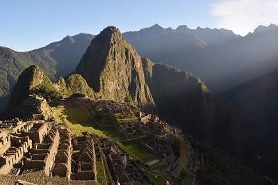 Sonnenaufgang bei Machu Picchu in Peru.